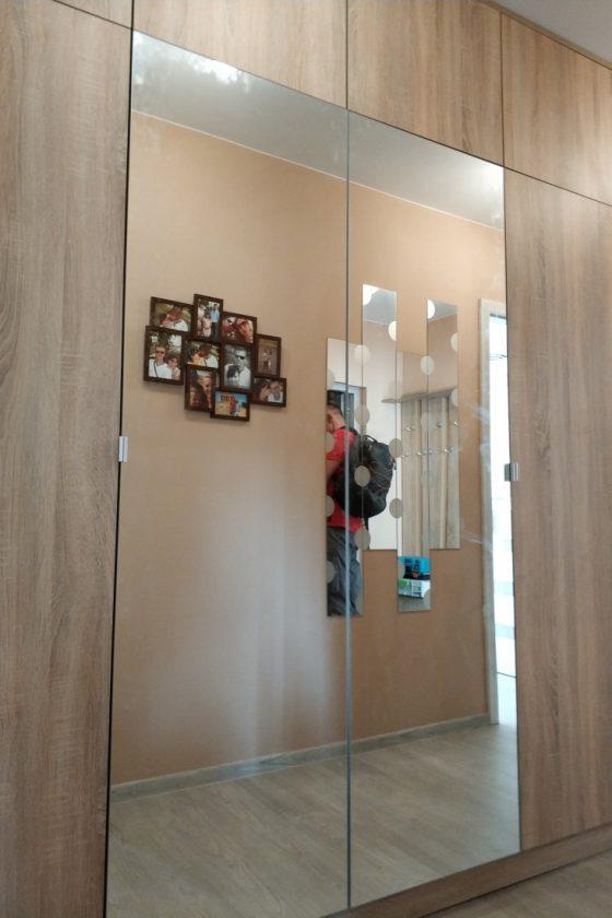 Szafy na wymiar z drzwiami uchylnymi - Porta Meble