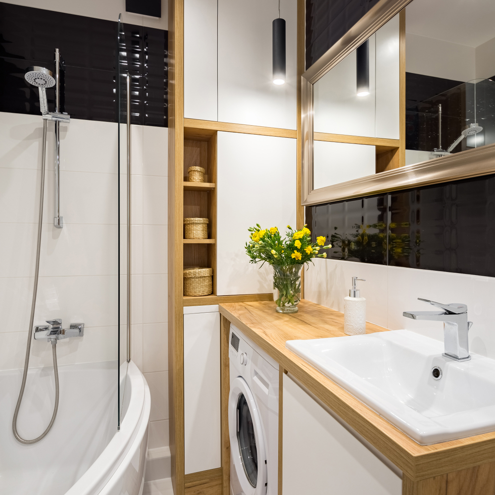 Mała łazienka w bloku: meble na wymiar